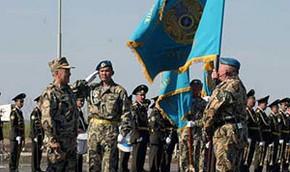 В Казахстане требуют называть офицера армии не господином, а товарищем