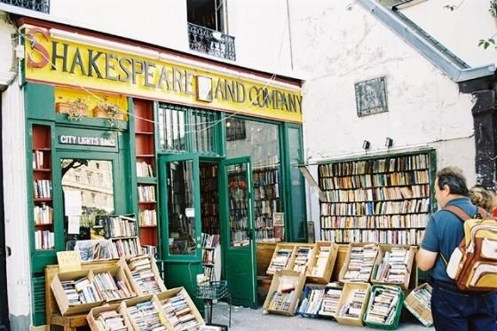 Компания Amazon потеряла право бесплатно доставлять книги во Франции