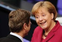 Меркель в отставку не собирается