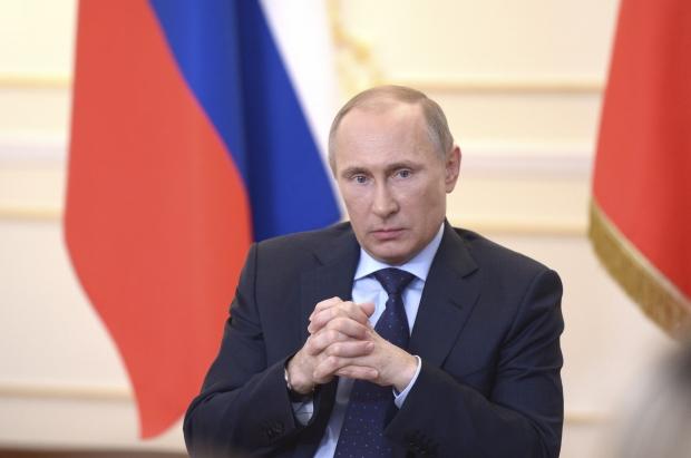 В России довольны Путиным, правительством и свободой - опрос американской соцслужбы