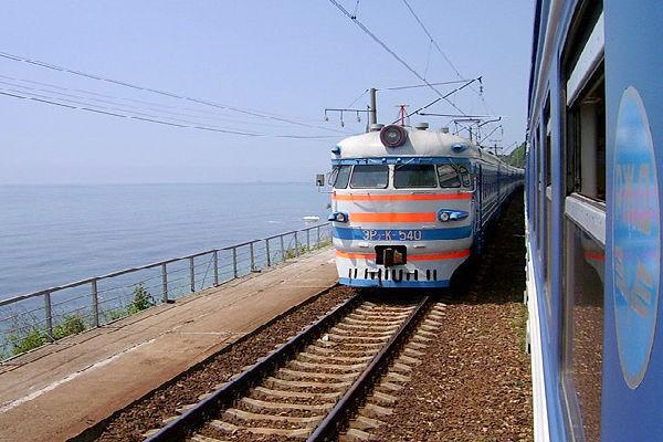 РЖД запускает прямые поезда в Крым