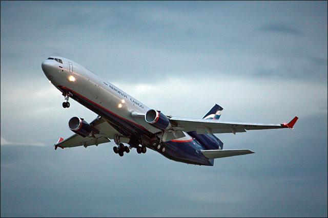 Российские авиакомпании отказываются от полетов над Украиной