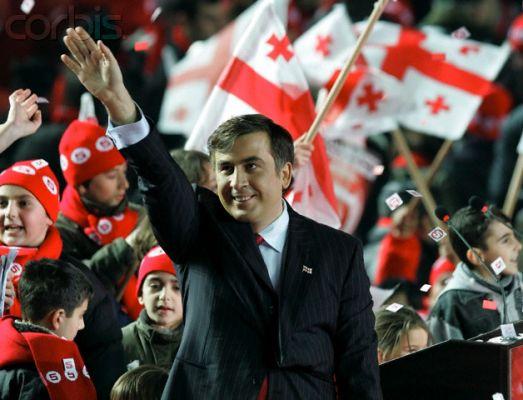 Саакашвили подготовил Европе шесть задач по уничтожению России