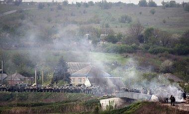 В пригородах Донецка с утра идут интенсивные бои