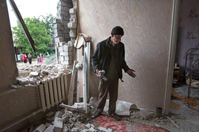 Силовики начали зачистку жилых кварталов в Славянске