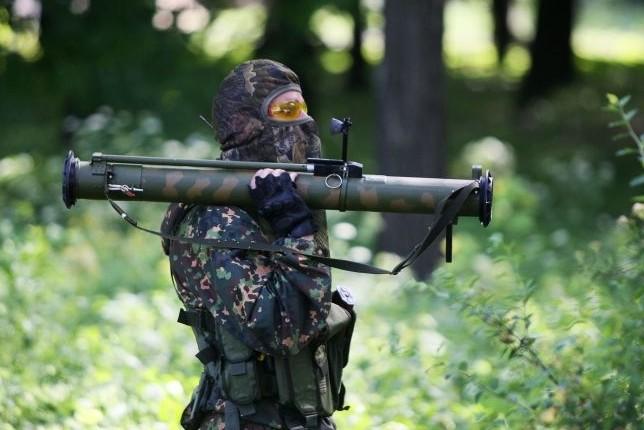 У погранпункта  «Донецк» под обстрел попали российские пограничники и журналисты