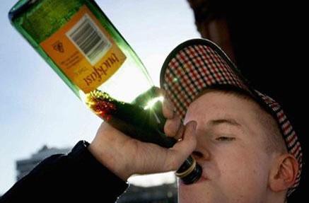 Ученые научились определять будущих алкоголиков с детства