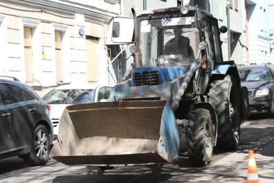 В Москве трактор раздавил женщину