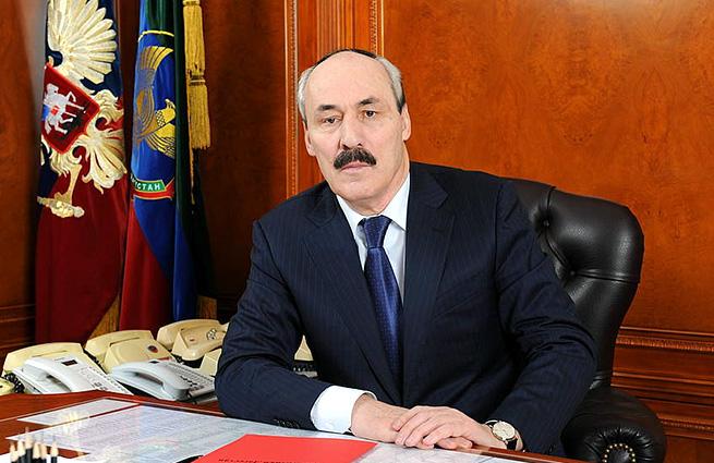 Кортеж главы Дагестана насмерть сбил человека