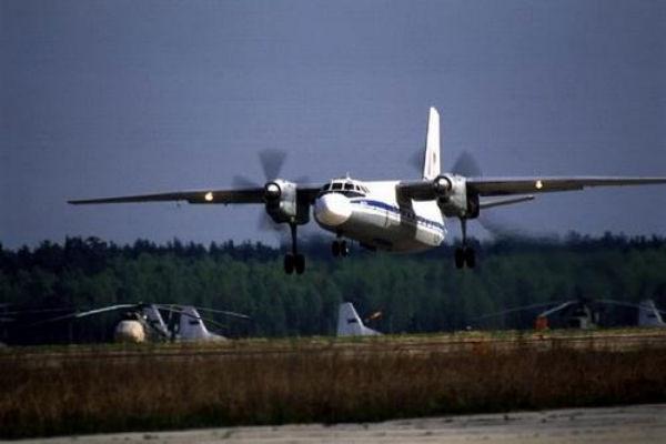 В небе под Снежным сбит самолет ВВС Украины