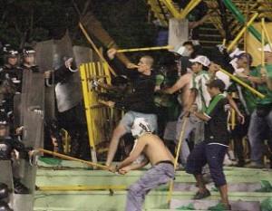Беспорядки и волнения болельщиков в Аргентине