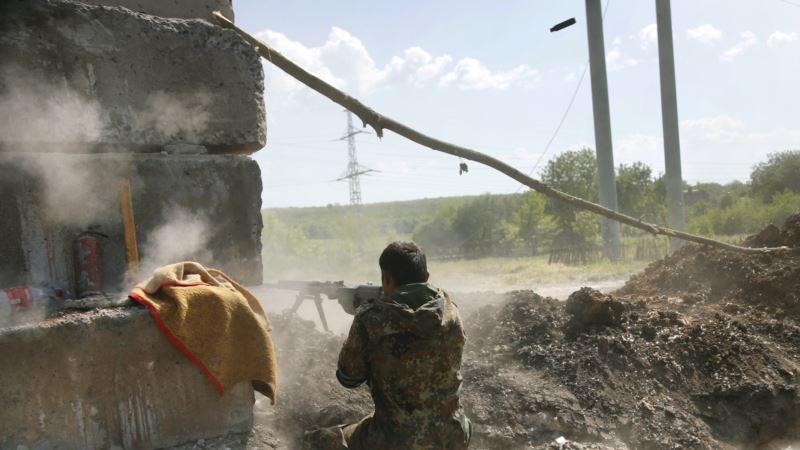 Ополченцы в Славянске простились со своими близкими и ждут штурма врага
