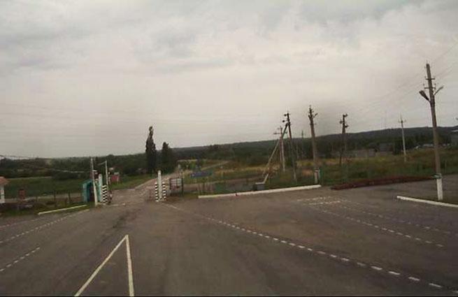Три украинских снаряда разорвались на хуторе в Ростовской области
