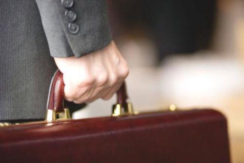 Правительство хочет ввести испытательный срок для поступающих на госслужбу