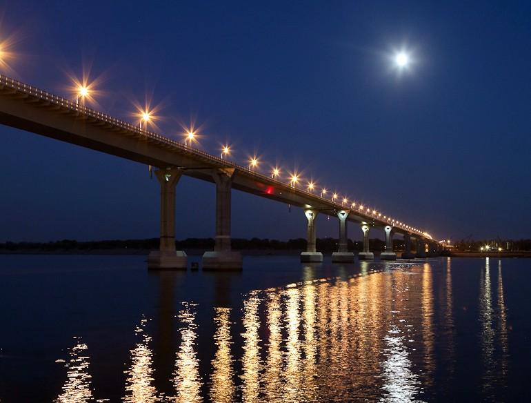 Психолог объяснил шквал прыгающих с моста самоубийц в Волгограде