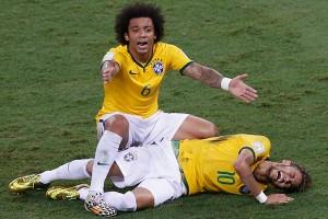 Неймар получил перелом позвоночника во время игры со сборной Колумбии