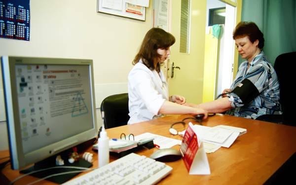 В москвоских больницах будут работать преподаватели