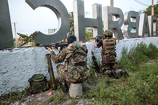 Тымчук увидел на границе с Украиной группировки войск РФ