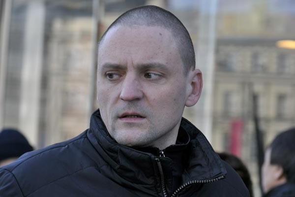 Охрану Мосгорсуда усилили из-за Удальцова и Развозжаева