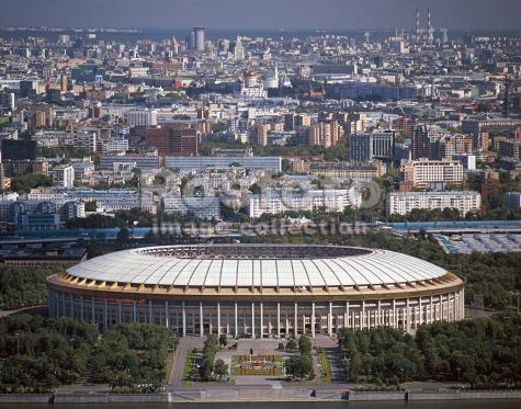 Спортивную арену Лужники реконструируют с рекордной скоростью