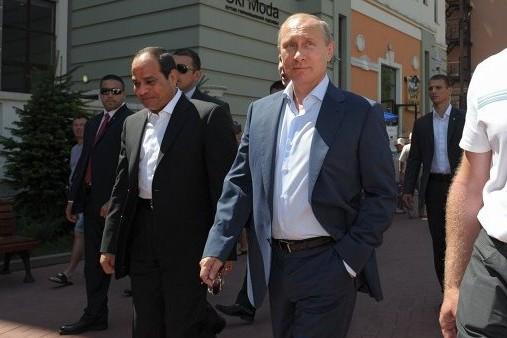 Путин и ас-Сиси посмотрели ледовый мюзикл в Сочи