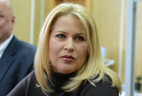 Евгения Васильева хочет отправить картину Обаме