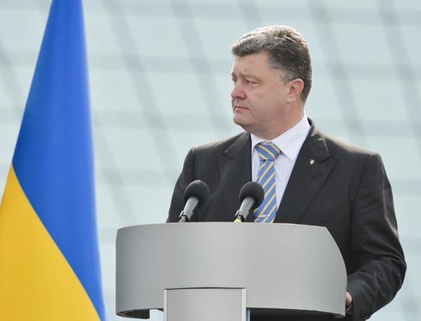 На параде независимости Украины Порошенко заявил, что Украина победит всех