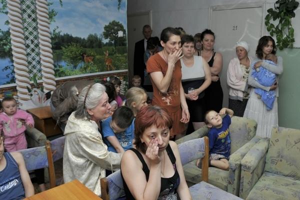 Члены правительства Кировской области отдали свою зарплату украинским беженцам