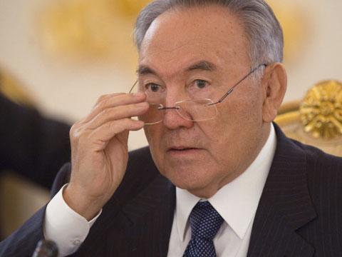 Назарбаев опасается украинского сценария