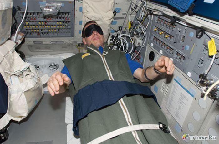 Недостаток сна на орбитальных станциях опасен для жизни космонавтов