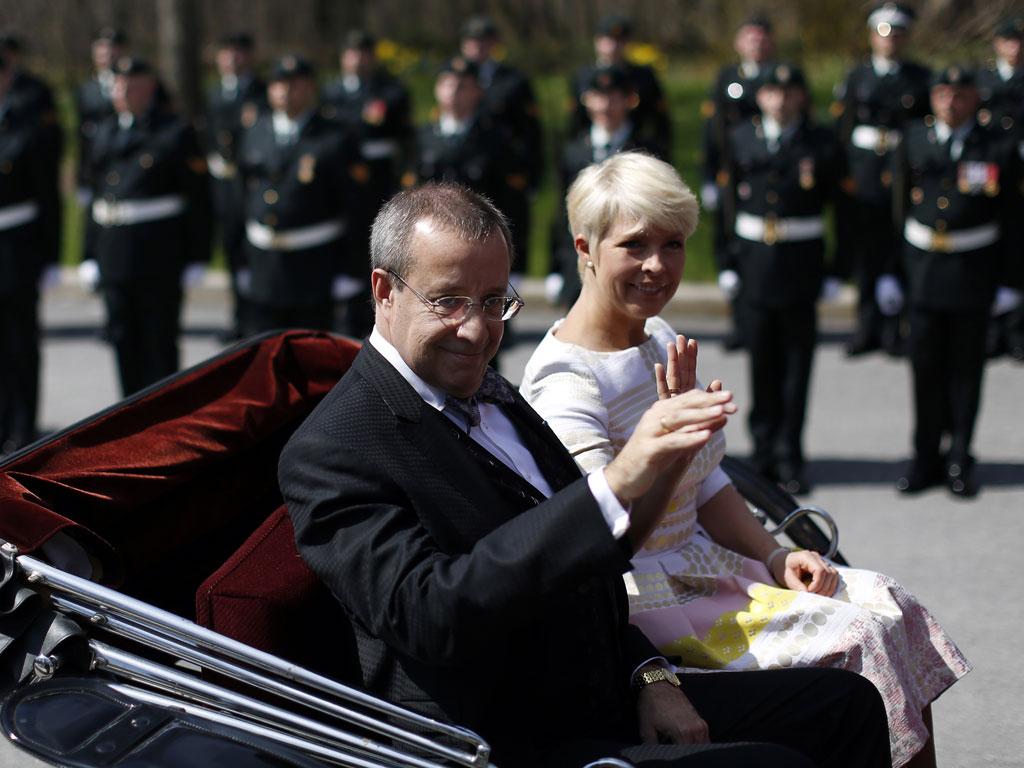 Первая леди Эстонии извинилась за любовную интрижку