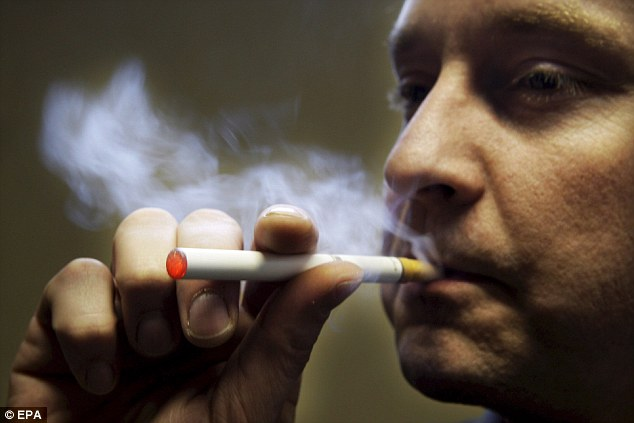 Пользование электронной сигаретой привело британца к смерти