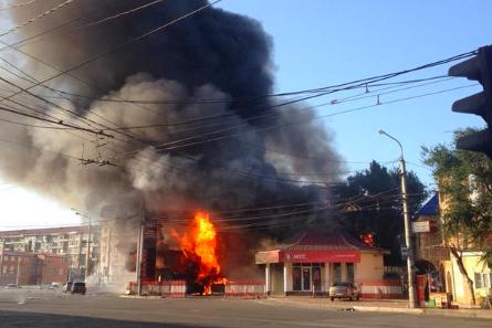 В центре Махачкалы произошел мощный взрыв