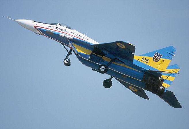Украинский истребитель сбит в небе над Луганщиной