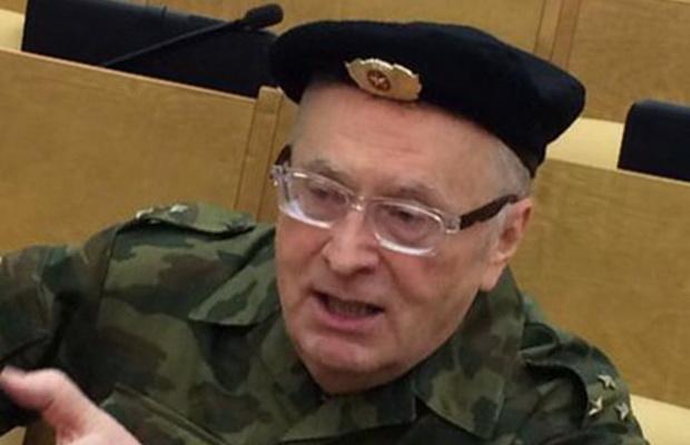 Жириновский призвал мобилизовать на военные сборы всю Госдуму