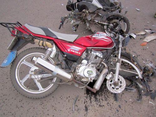 Водитель и пассажир мотоцикла погибли в Подмосковье