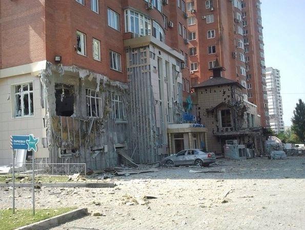 Центр Донецка обстреливают украинские каратели