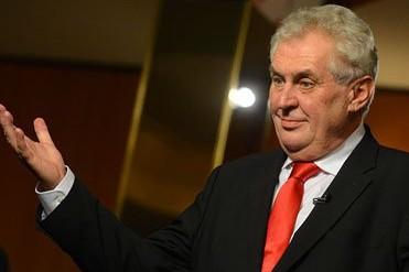 Президент Чехии назвал санкции в отношении РФ бессмысленными