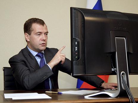 Хакеры не нашли в почте Медведева ничего интересного