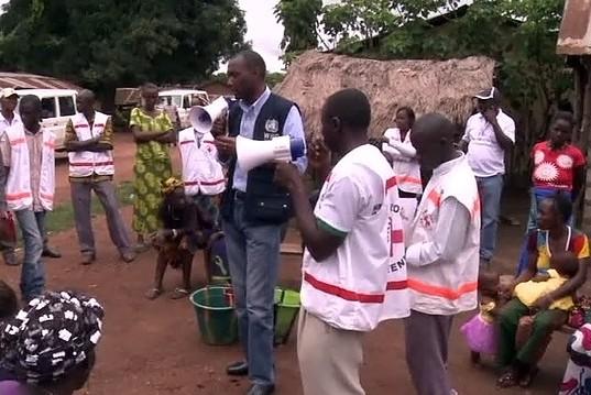В Африке соглашаются на непроверенное лекарство от Эболы