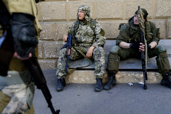 Ополченцы готовятся к отражению штурма Донецка