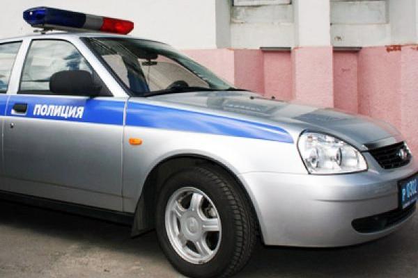 Нарушитель ПДД протаранил машину ДПС в Москве