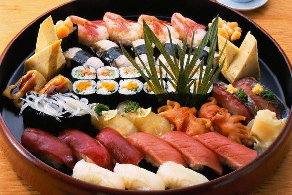 Российским суши-кафе грозит закрытие из-за ответных санкций РФ странам Запада