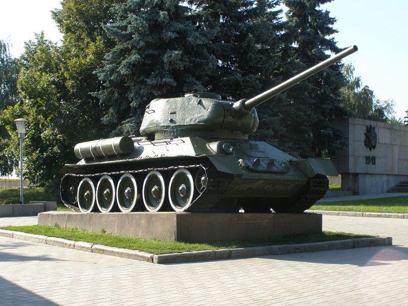 В Сумах решили направить музейные танки для нужд армии Украины