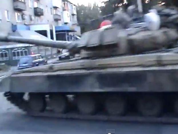 Танки Новороссии едут освобождать Донецк