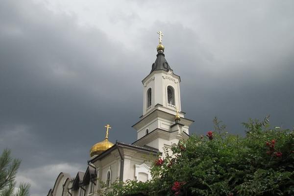 Нацгвардия осквернила женский монастырь возле донецкого аэропорта