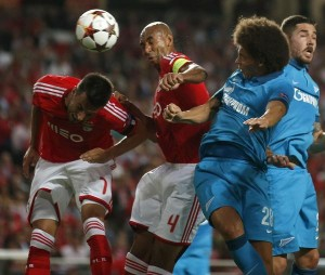 Zenit's Axel Witsel heads the ball to score his goal against Benfica during their Champions League Group C soccer match at Luz stadium in Lisbon