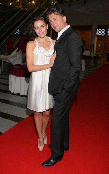 на фото: Януш Юзефович с женой