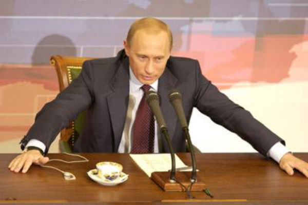 Путин внес законопроект о выходе НКО из реестра «иностранных агентов»