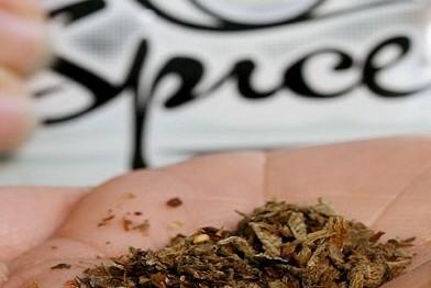 В Оренбурге годовалая девочка отравилась спайсом